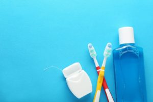 tools useful for dental hygiene during the quarantine